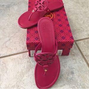 Tory Burch Fuchsia Leather Miller Sandals 7